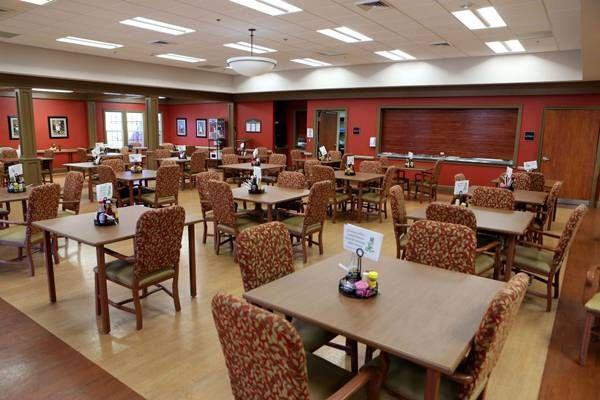Nursing Home Dining Room Ideas In 2020 Diy Living Room Decor Living Room Decor Curtains Casual Dining Rooms