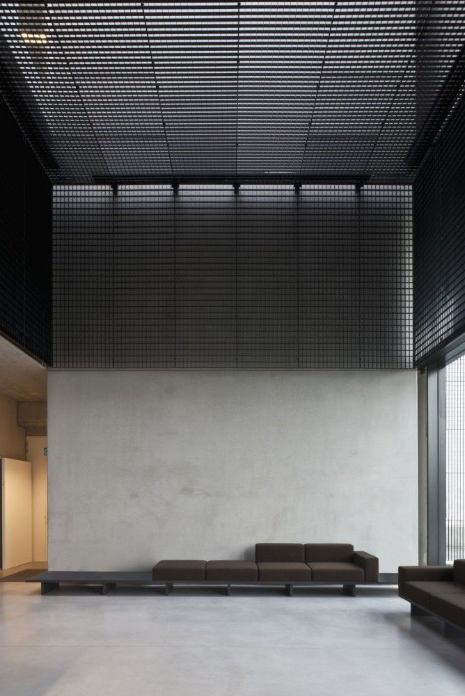 Tonickx Offices / Vincent Van Duysen Architects///////www.bedreakustik.dk/home DISCOUNT TO PINTEREST CUSTOMERS Dedicated to deliver superior interior acoustic experience.#pinoftheday///////