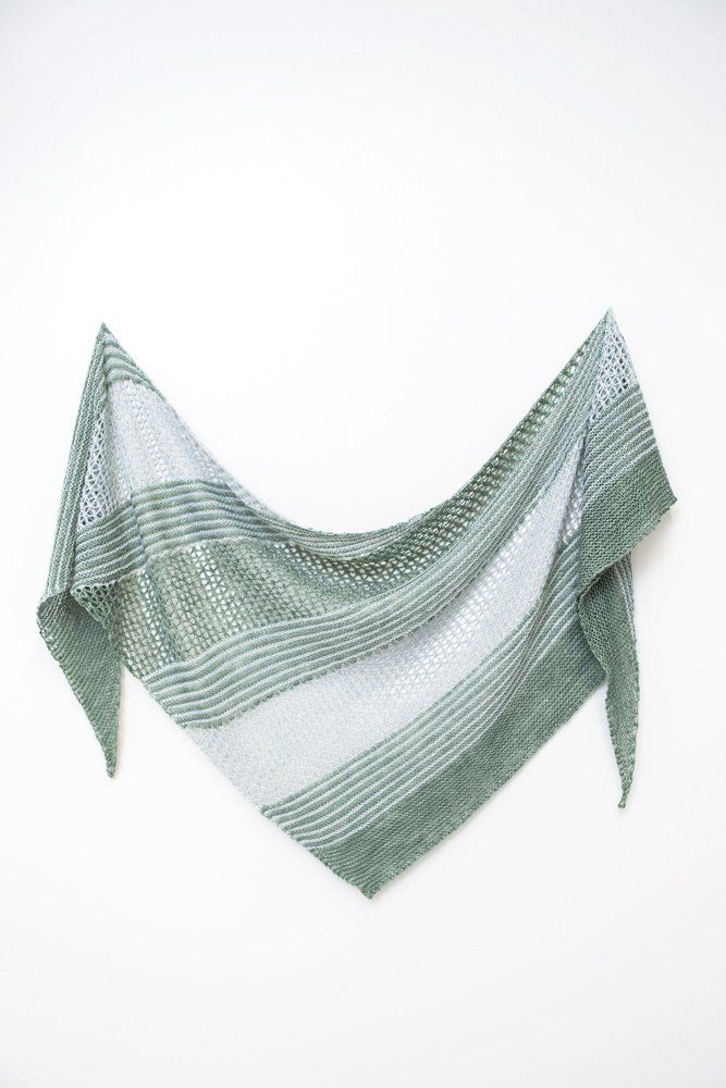 Mejores 571 imágenes de yarn: shawl en Pinterest | Chales de punto ...