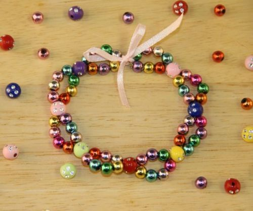 Lovely jewellery making idea - looped bracelet with metallic beads - it's very easy :)