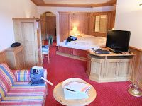 Review of Schlosshotel, Fiss: recommended first class hotel with fab ski in& ski out, up to date infrastructure