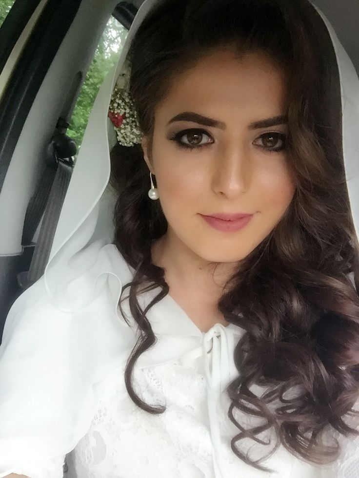 Wedding hair woman hair | gelin saçı | makyaj | wedding make-up | pink me up | photography | bruidshaar bruids make-up  #gelinlik #dugun #sacmodeli