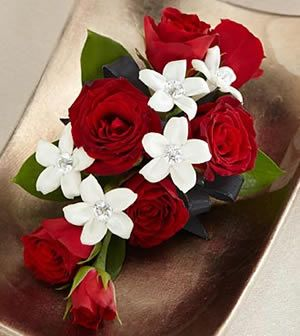 Ital Florist | Prom & Corsages Flowers | Flower Delivery Canada & USA