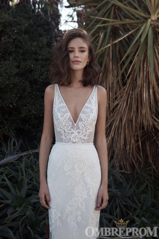 Charming V Neck Mermaid Wedding Dress Sleeveless Lace Bridal Dress W681 – Ombr…