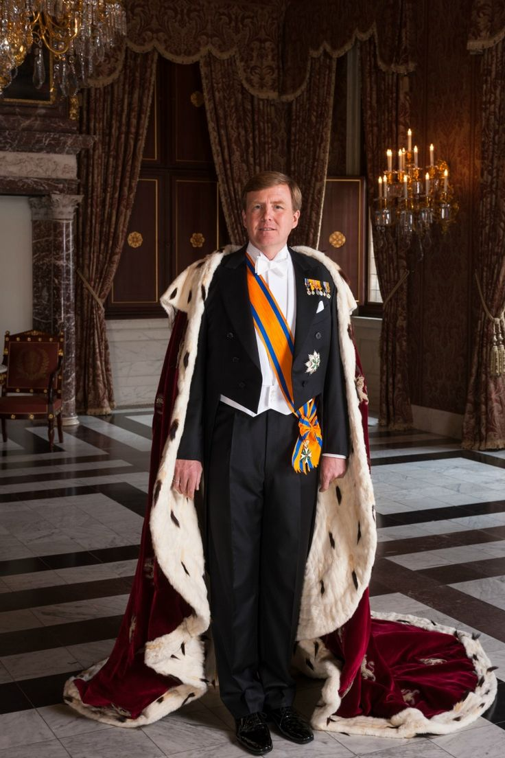King Willem-Alexander of the Netherlands Official photo 5/6/2013