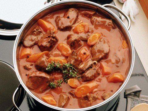Тушеное мясо - любимое блюдо наши мужчин   Кулинарные Рецепты