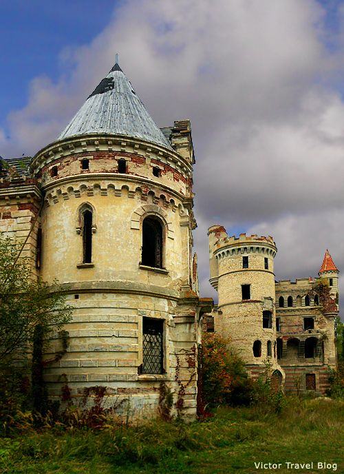 The abandoned castle Muromtsevo in Russia.  Please, read its sad story:  https://victortravelblog.com/2012/11/12/russian-castles-almost-buried-wonder/