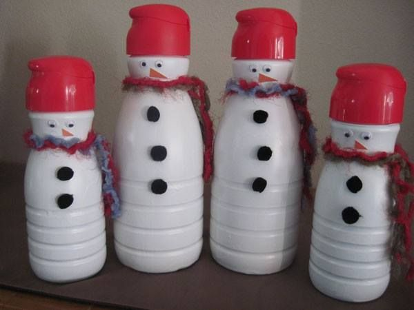 Fun Craft To do with the kids on a Snow Day! Save up those Coffee Creamer Containers Now!! ღ For more great ideas, tips and recipes please FRIEND me here at http://www.facebook.com/lbrickett photo found here http://imageboard.co/9551744-snowman-made-out-of-coffee-creamer-containers.html