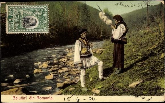 Postcard Rumänische Bauerntypen, Mann und Frau in Volkstrachten, Spinnerin    postally unused, datiert 1906