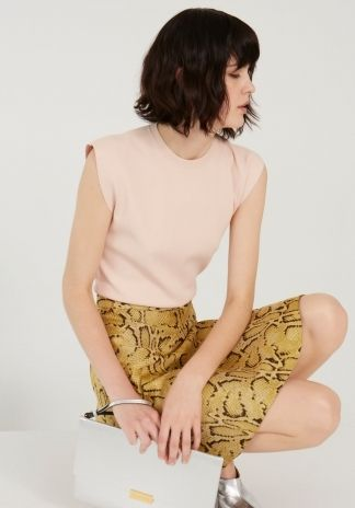 Rose Strong Shapes Sleeveless Jumper, Camomile Snake Leslie Skirt, Silver Beckett Metallic Enveloppe Clutch. Spring 2014 Look 13