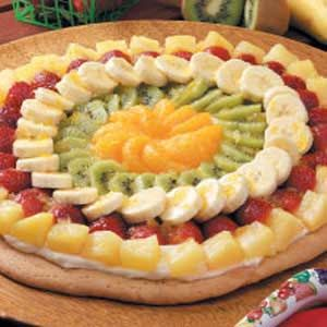Fruit Pizza on a sugar cookie dough. OMG.