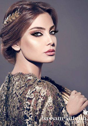 Tutoriel : Comment réaliser un maquillage oriental moderne ?