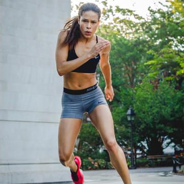 Check out these tips and advice from experts on how to become a fitness model.
