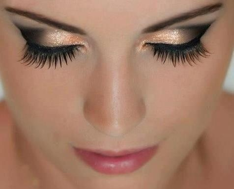 FANTASTIC LOOK!!  Mary Kay Mineral Eye Color in Coal & Blaze ... I can totally help you recreate this look!!  As a Mary Kay beauty consultant I can help you, please let me know what you would like or need. www.marykay.com/KathleenJohnson  www.facebook.com/KathysDaySpa