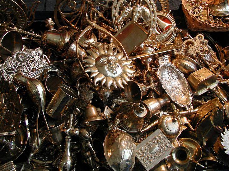 Χρυσά χρυσαφικά αντικείμενα