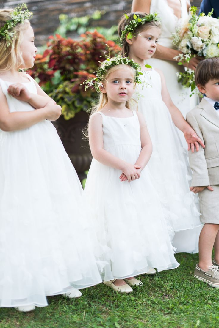 Oh so precious flower girls and ring bearer | Photography : Leila Brewster Photography