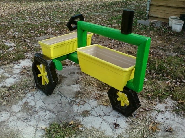 17 best images about wood crafts on pinterest john deere for Tractor art projects