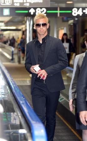 『日本で左足首の検査やリハビリを行っていた本田圭佑がモスクワに出発、CSKAモスクワに合流へ』の画像B3