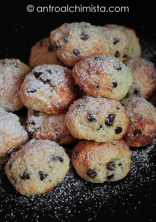 L'Antro dell'Alchimista: Biscotti di Kamut con Cocco, Quark e Gocce di Cioccolato - Kamut Cookies with Coconut, Quark Cheese and Chocolate Chips