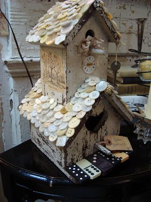 I love the button shingles on this bird house!