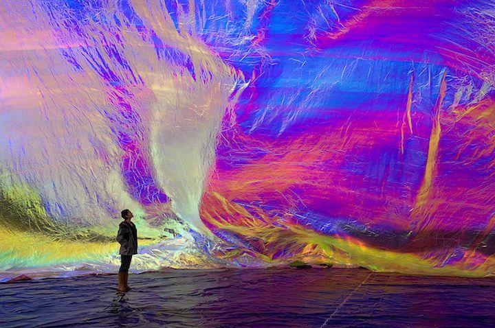 Poetic Cosmos of the Breath is an Inflatable Solar Dome  / Tomas Saraceno... - instalaciones efimeras