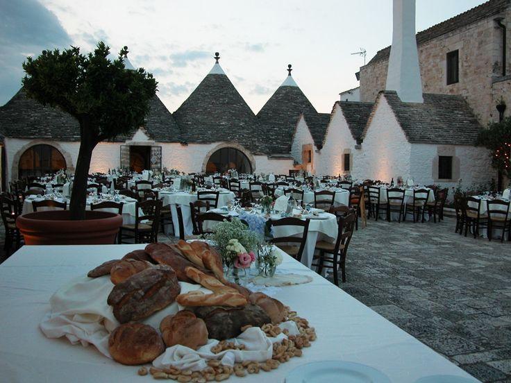 Every home is a castle when the queen is in love.    www.imonitilli.com    #masseria #Puglia #trulli #matrimoni #matrimonio #wedding #party #country #Apulia #noci #masserie