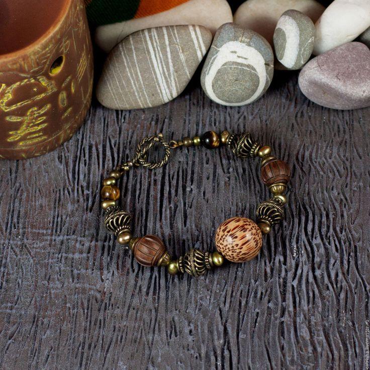 Купить Крупный браслет Остров, коричневый браслет, эко бохо, дерево, жемчуг