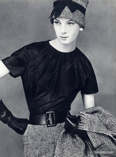 Christian Dior - Yves Saint-Laurent Octobre 1959, Black Blouse, Photo Leombruno-Bodi