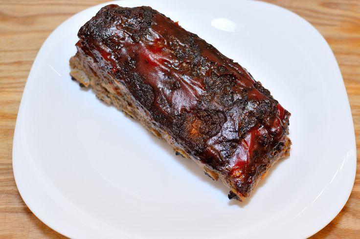 Les côtes de porc fumées sont un véritable délice ! Vous pouvez les déguster avec délectation n'importe quel jour de la semaine et il est même possible de les manger avec les doigts ! Si vous n'avez pas de fumoir sophistiqué, les côtes de p...