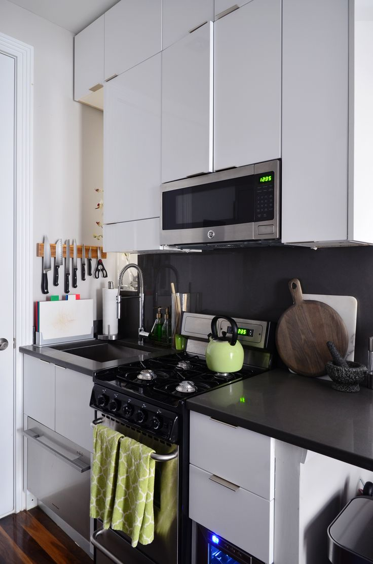 how to organize a small apartment kitchen a 7 step plan с изображениями интерьер кухня on kitchen organization small apartment id=49094