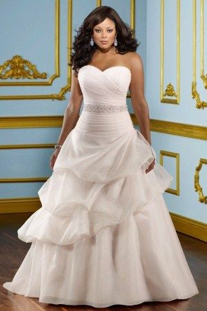 222 Best Plus Size Beauty Images On Pinterest Wedding Dressses