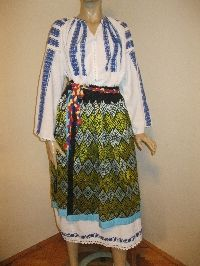 Antique costume from Oltenia / Romanian traditional complete costume M/L  for sale at www.greatblouses.com