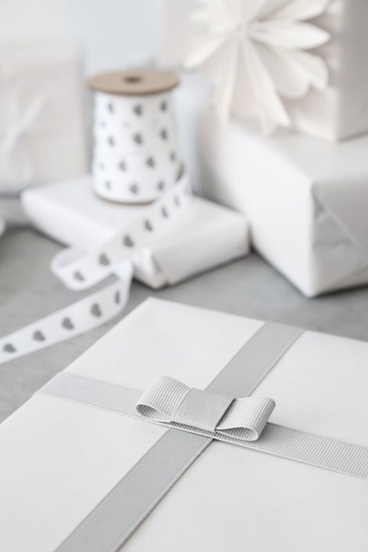 white and grey wrapping