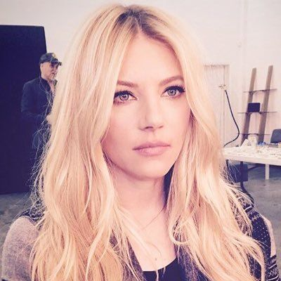 Katheryn Winnick - great makeup