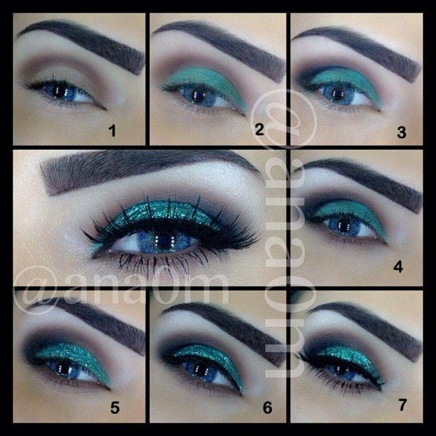 Turquoise glitter look