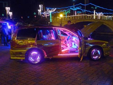 Neon car   You Like Nice Cars? Follow me 4 Way More ! ¡ !