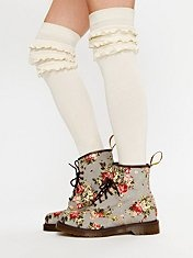 love the mix of rugged boot w/ pretty floral print: Shoes, Knee High, Doc Martens, Castell Boots, Dr. Martens, Knee Socks, Floral Doc, Free People, Floral Boots