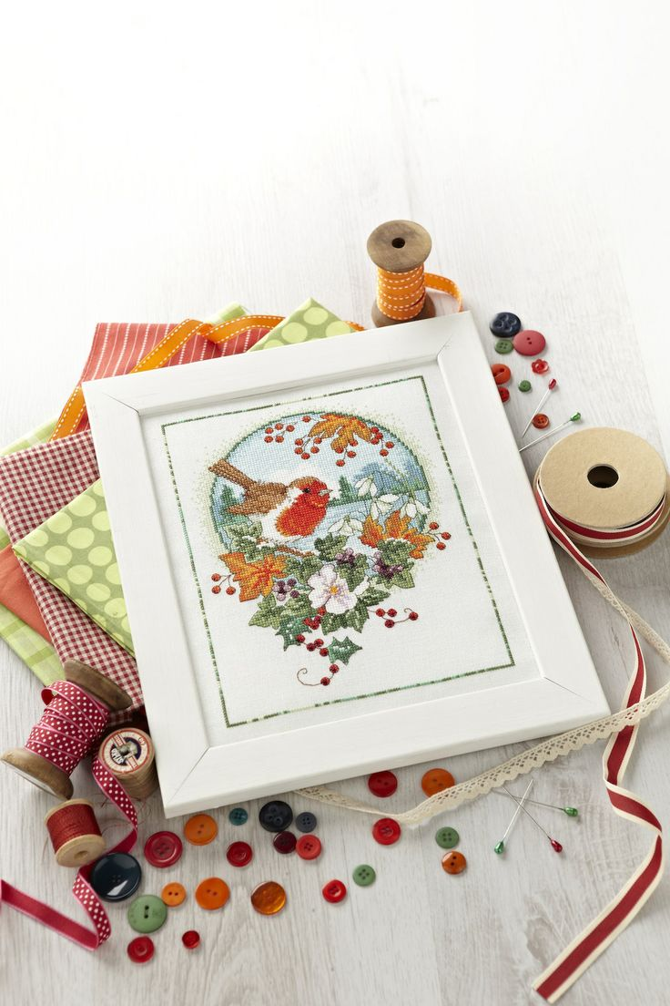 Cross stitch country crafts magazine back issues - Lesley Teare Depicts A Traditional Winter Scene With This Cross Stitch Robin Http