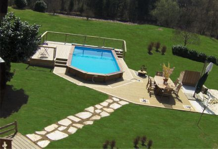 Les 20 meilleures id es de la cat gorie piscine semi for Petite piscine semi enterree bois