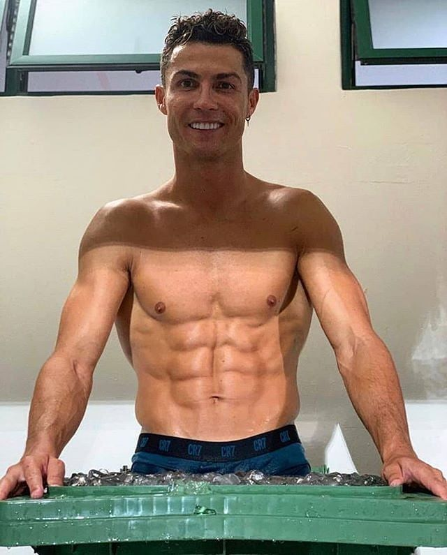 Ronaldo accused of promoting £350 fitness sham SIXPAD
