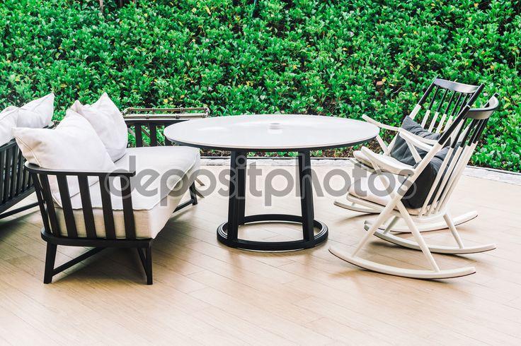 Tafel en stoelen met buitenbad dek, vintage filter