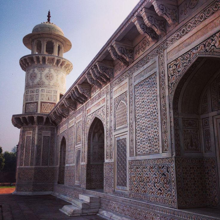 The baby Taj Mahal or Itimad-ud-Daulah, is older, smaller and in some ways more serene (much less crowding, and an air of tranquility coming from it!). Don't miss it! #babytaj #itimaduddaulah #india #architecture #travel