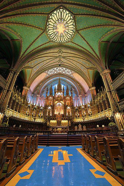Notre Dame, Montreal, Canada. by pedro lastra
