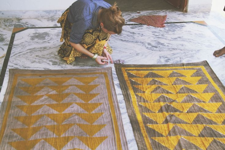 Two Sisters Design: Wearable Paintings from Bagru, India