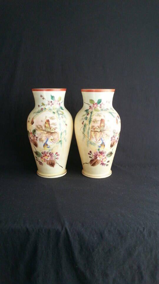 2 Handbeschilderde Opaline Glazen Vazen | Geëmailleerd | Windmolen / Floraal / Vogel |  Boheems |  Ca. 1900 door Dutch999Antiques op Etsy
