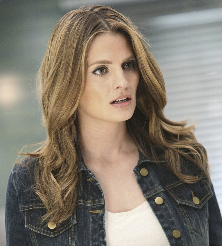15 best Stana Katic images on Pinterest | Nathan fillion, Celebs ...