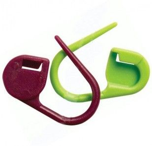 KNITPROPurple and Green Locking Stitch Markers - 30 stitch-markers in a pack