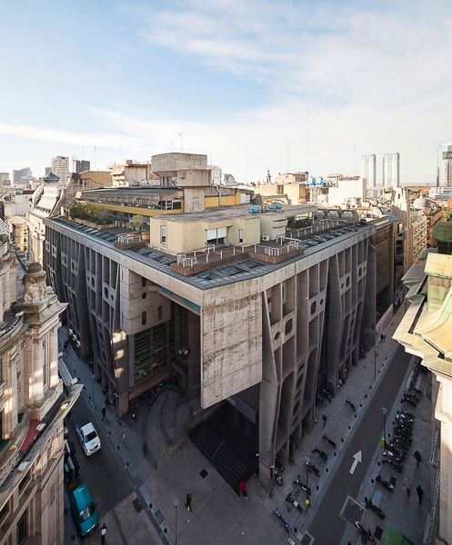 Gallery of Gallery: Clorindo Testa's Banco de Londres Through the Lens of…