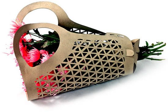 I love how these flowers are packaged...this whole idea is functional and eco-friendly...