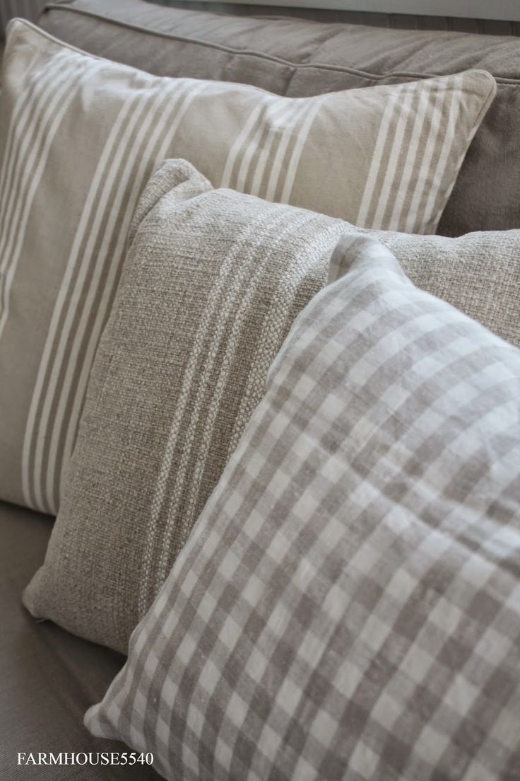 25+ best ideas about Sofa pillows on Pinterest   Couch ...